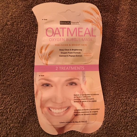 (3 Pack) BEAUTY TREATS Oatmeal Oxygen Bubble Mask - Oatmeal Yes To Cucumbers Soothing Hypoallergenic Facial Wipes, 10 ct (Pack of 2) + LA Cross Blemish Remover 74851